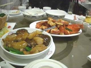 豪華な中華料理