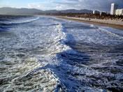 画像:すごい波