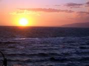 画像:夕日はきれいだが……